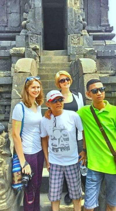 #nothingliketakingpictureswithstrangers (Prambanan, Yogya)