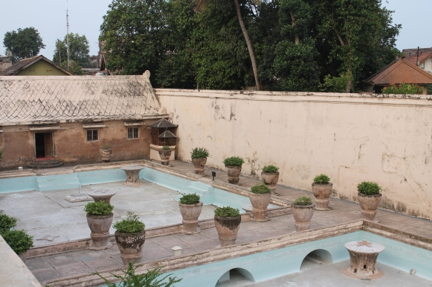 The children's pool @ Taman Sari. (Yogya)